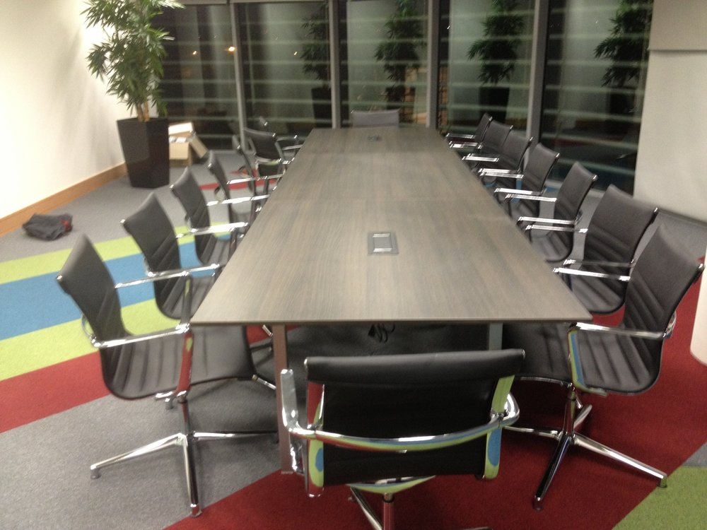 Cartrawler Meeting Table