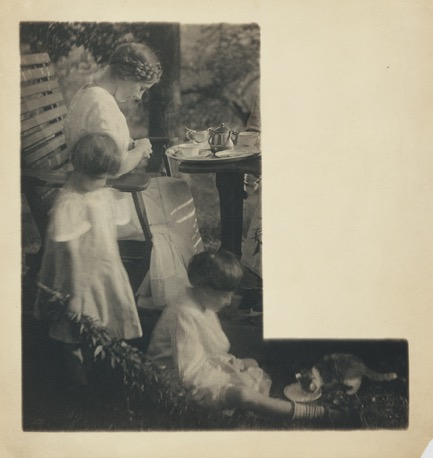 The Artist's Daughter, Hermine, and her Children at Tea , 1910