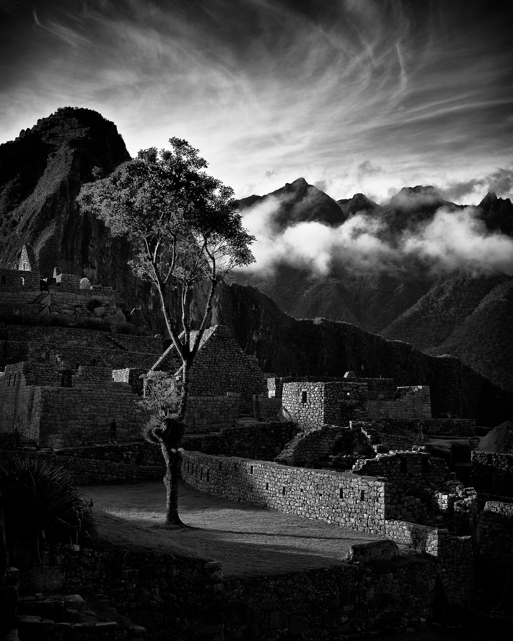 late afternoon, main courtyard, machu picchu