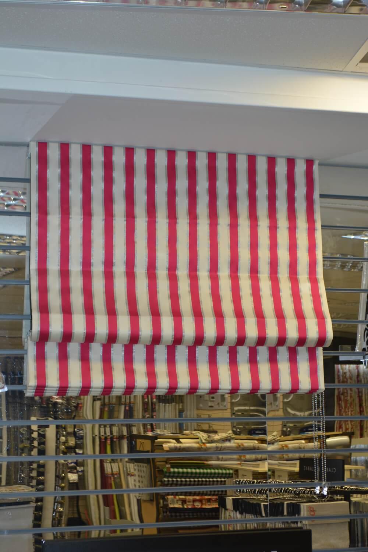 red-white-stripe-roman-blind.JPG