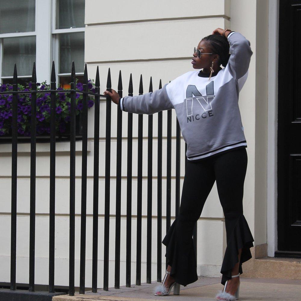 Styling Womens Sweatshirt NICCE London Marthadahhling.JPG