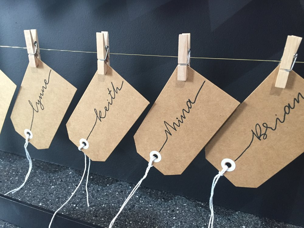 Placecards with monoline text