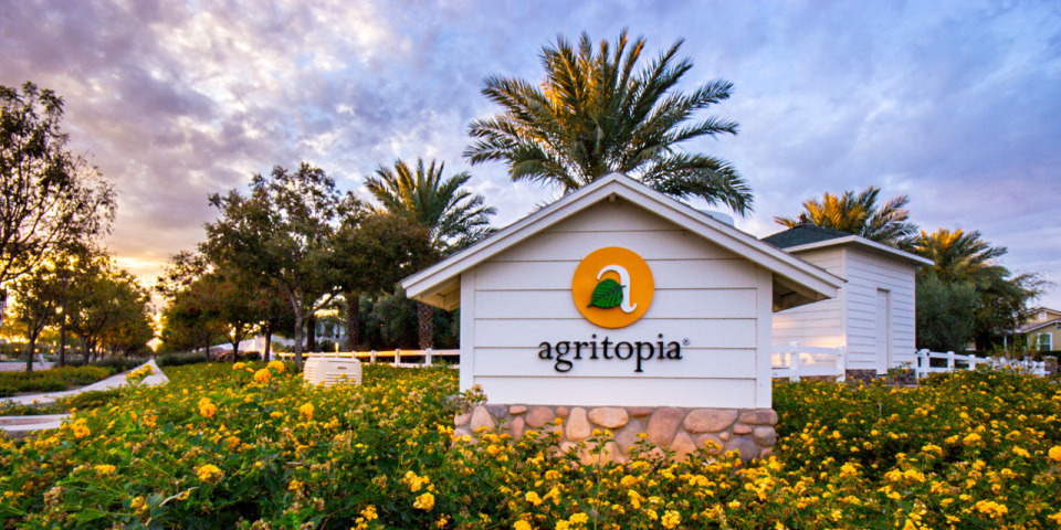 Agritopia-sign.jpg