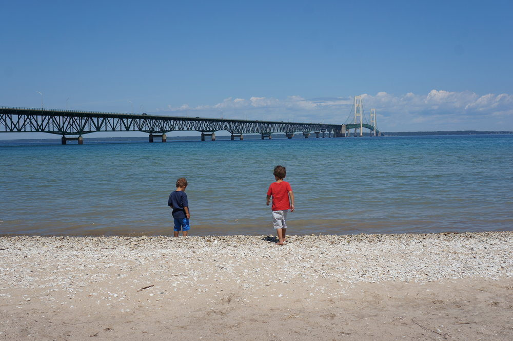 Stopping for lunch before crossing over the Mackinac Bridge.