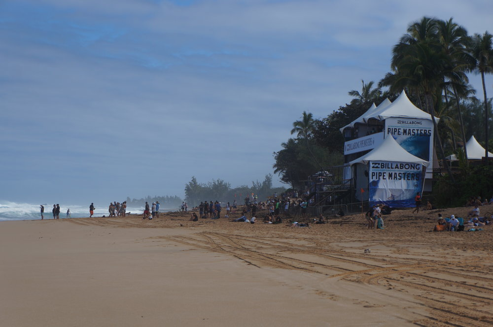 Setting up for the Billabong Pipe Masters.