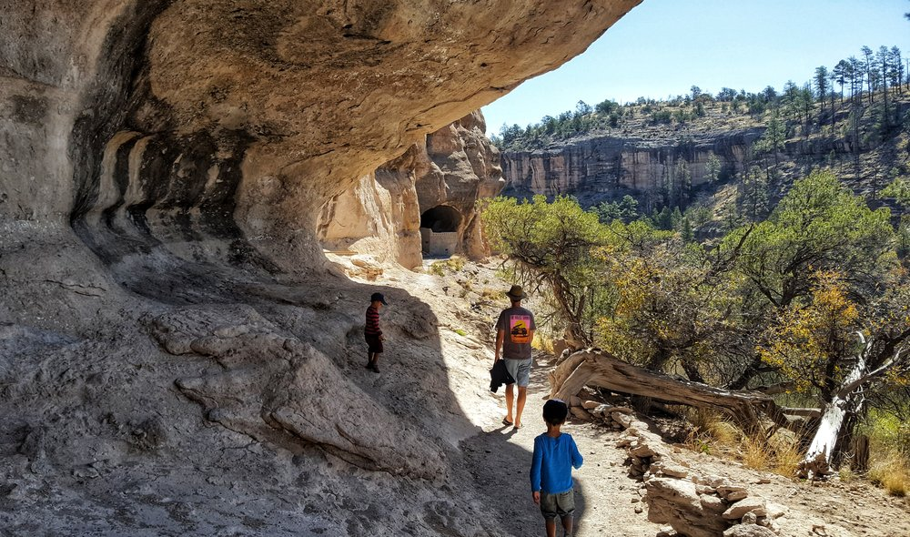 Approaching the cliff dwellings.