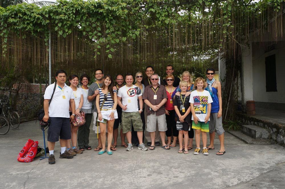 vietnamgroup.jpg