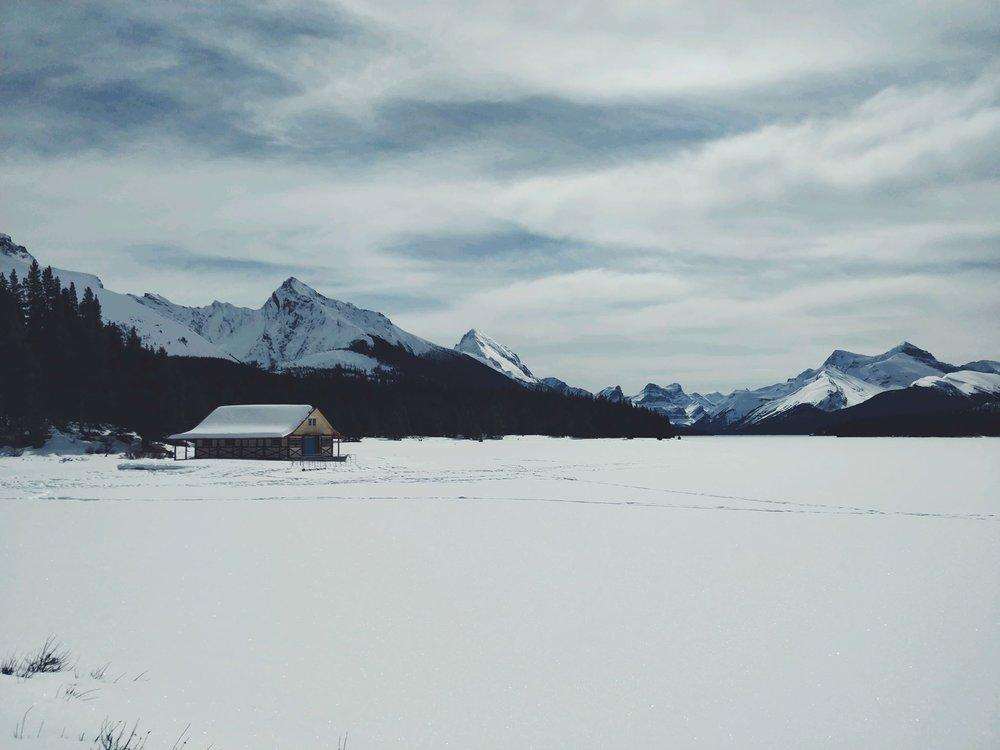 Maligne Lake.jpg