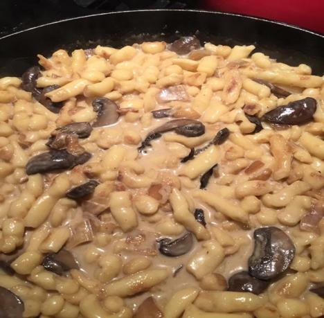 Spätzle and Mushroom Cream Sauce.png