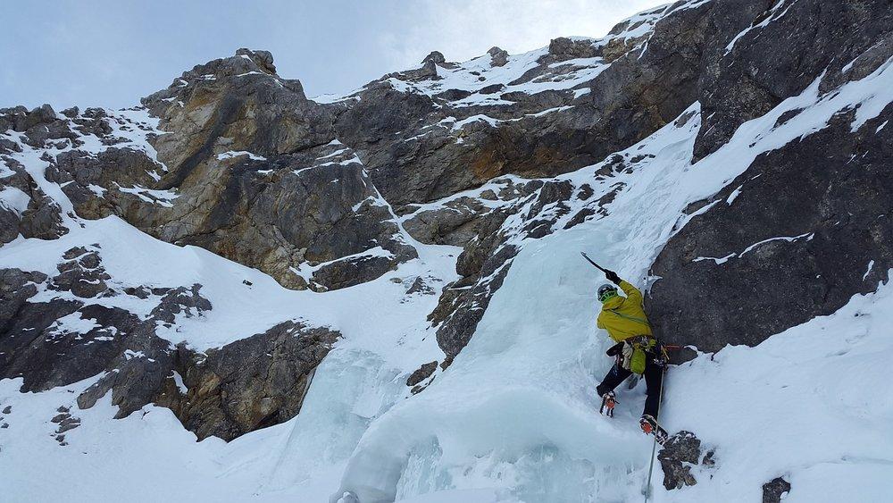ice-climbing-3135391_1280.jpg