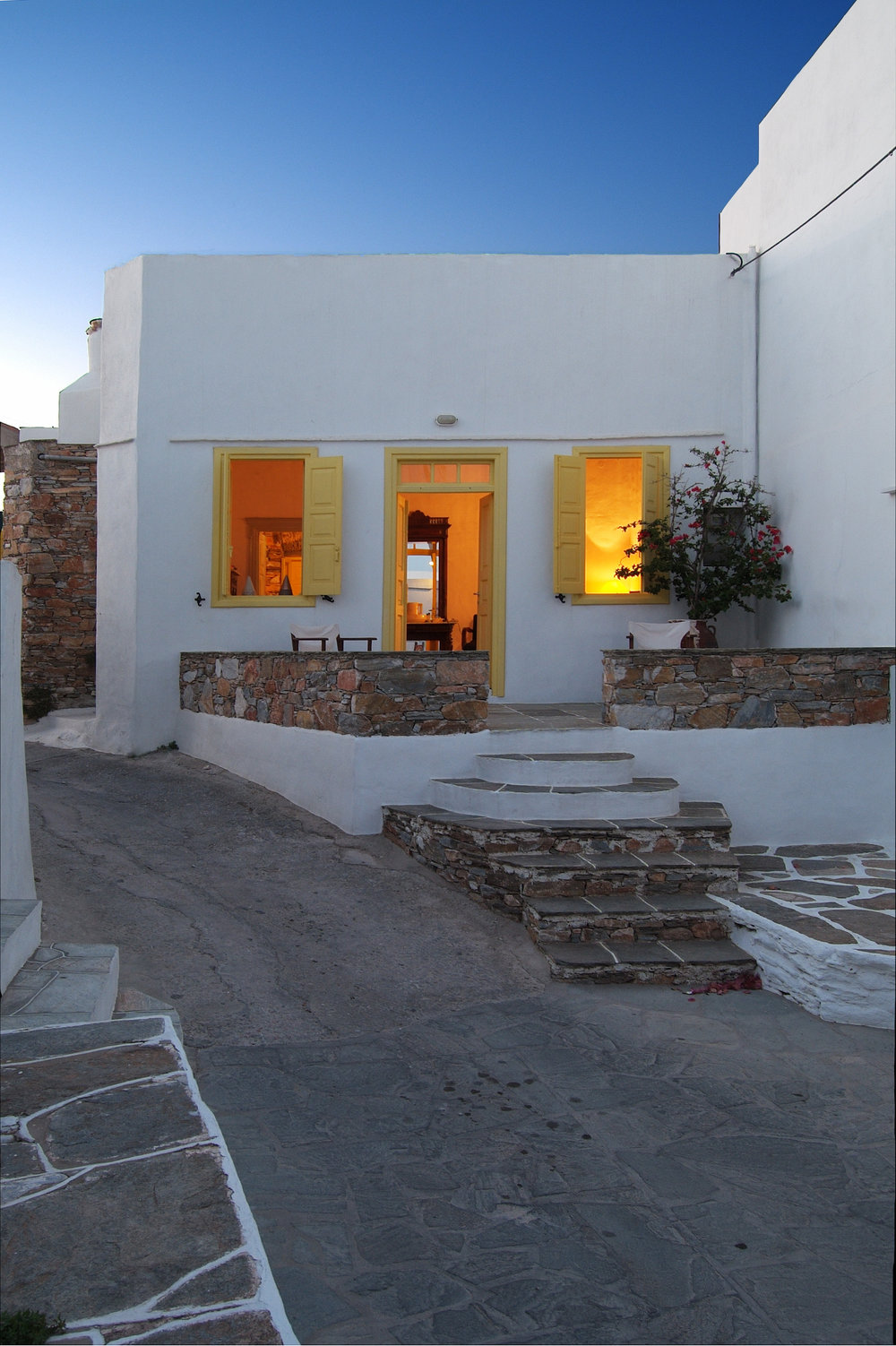 Front entrance of Theocharopoulou's Sifnos home after the renovation. Courtesy of the author.