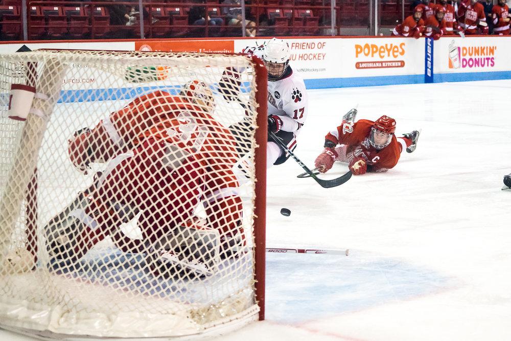 10-06_mhockey_Scornavacca-8.jpg