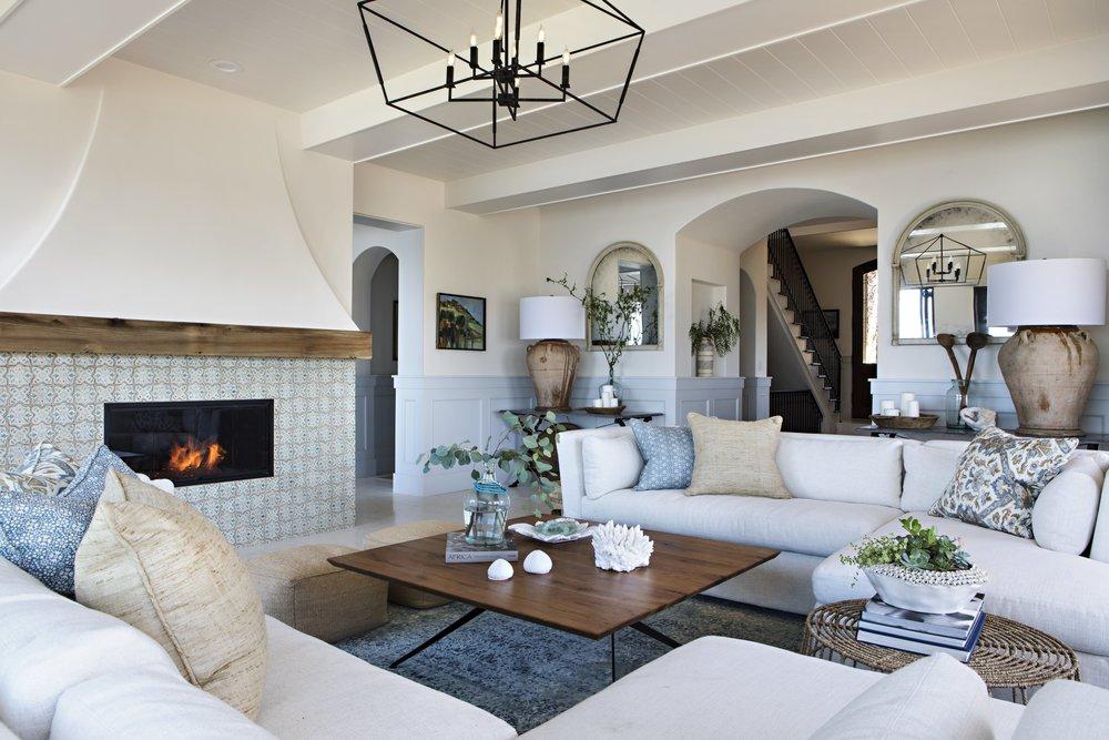 4 - 1 Living Room.jpg