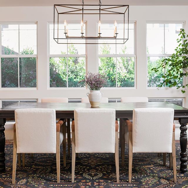 An enchanting dining room. Surrounded by the lush and lively outdoors and filled with love. #intimatelivinginteriors