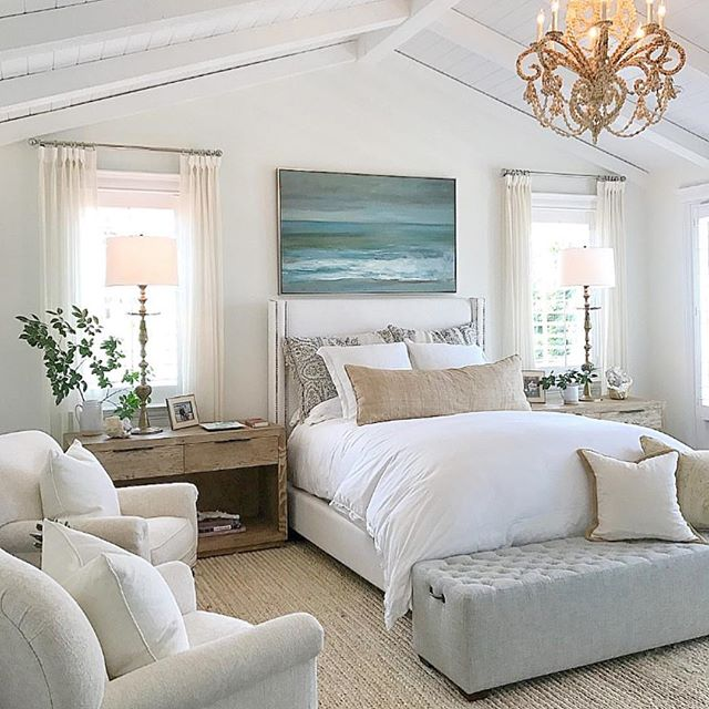 A peek at the past. So soft and serene. #intimatelivinginteriors