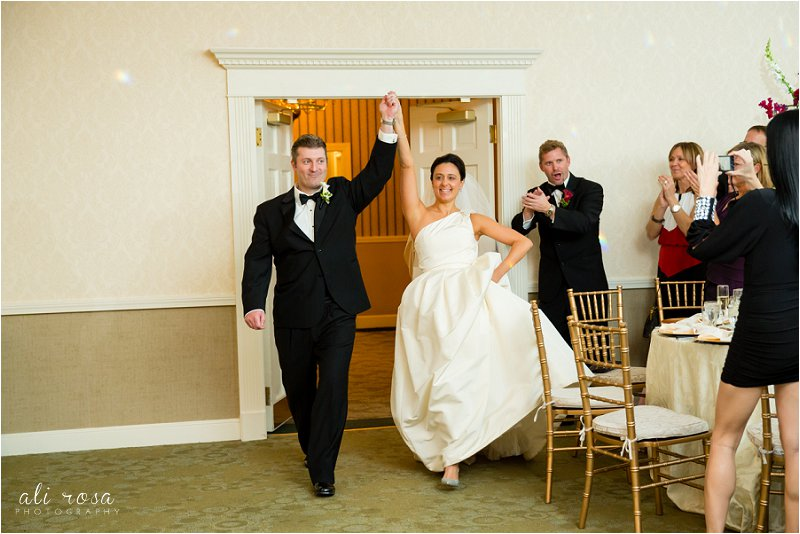 Rhode Isalnd wedding photographer Wannamoisett Country Club_0032.jpg