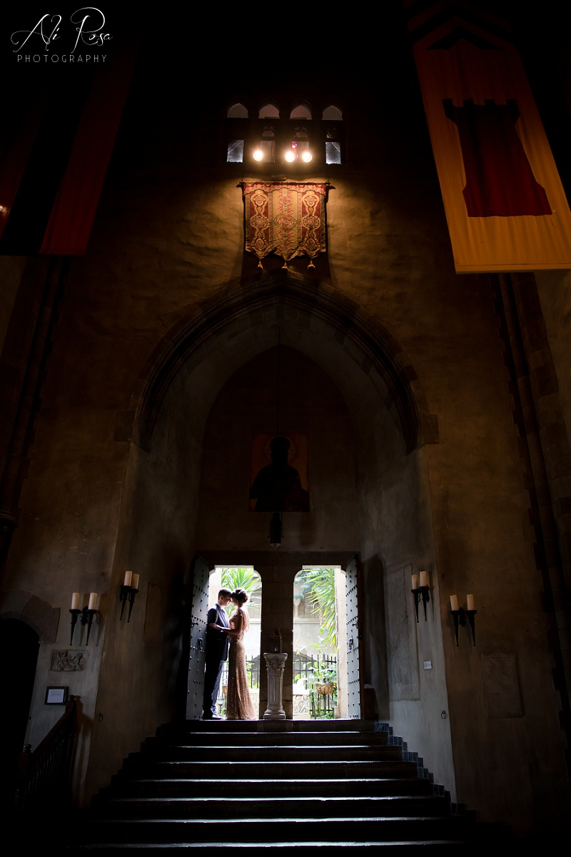 Hammond Castle engagement photos_01.jpg