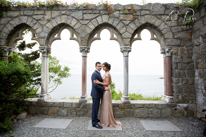 Hammond Castle engagement photos_10.jpg