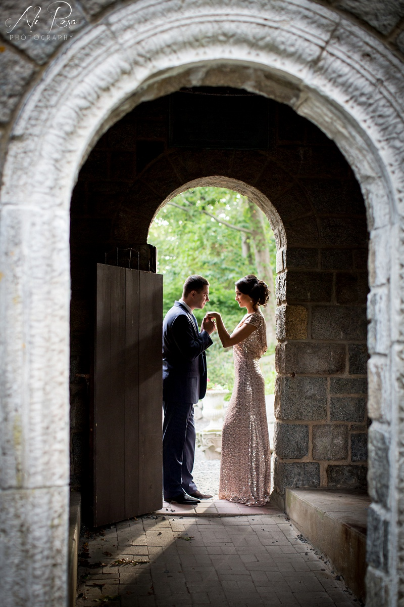 Hammond Castle engagement photos_19.jpg