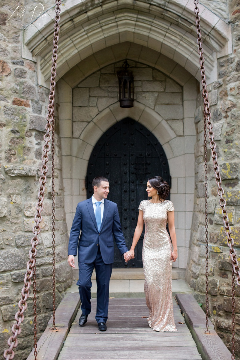Hammond Castle engagement photos_23.jpg