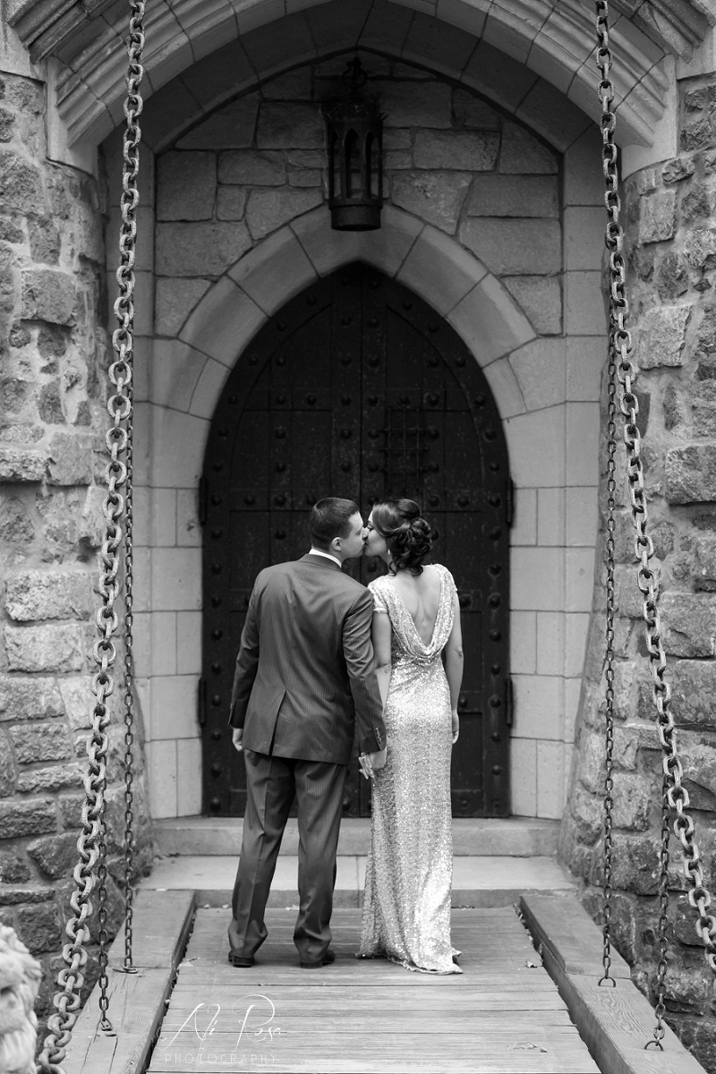 Hammond Castle engagement photos_24.jpg