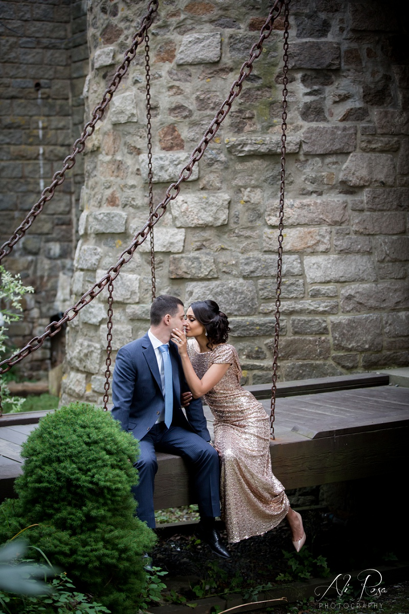 Hammond Castle engagement photos_25.jpg