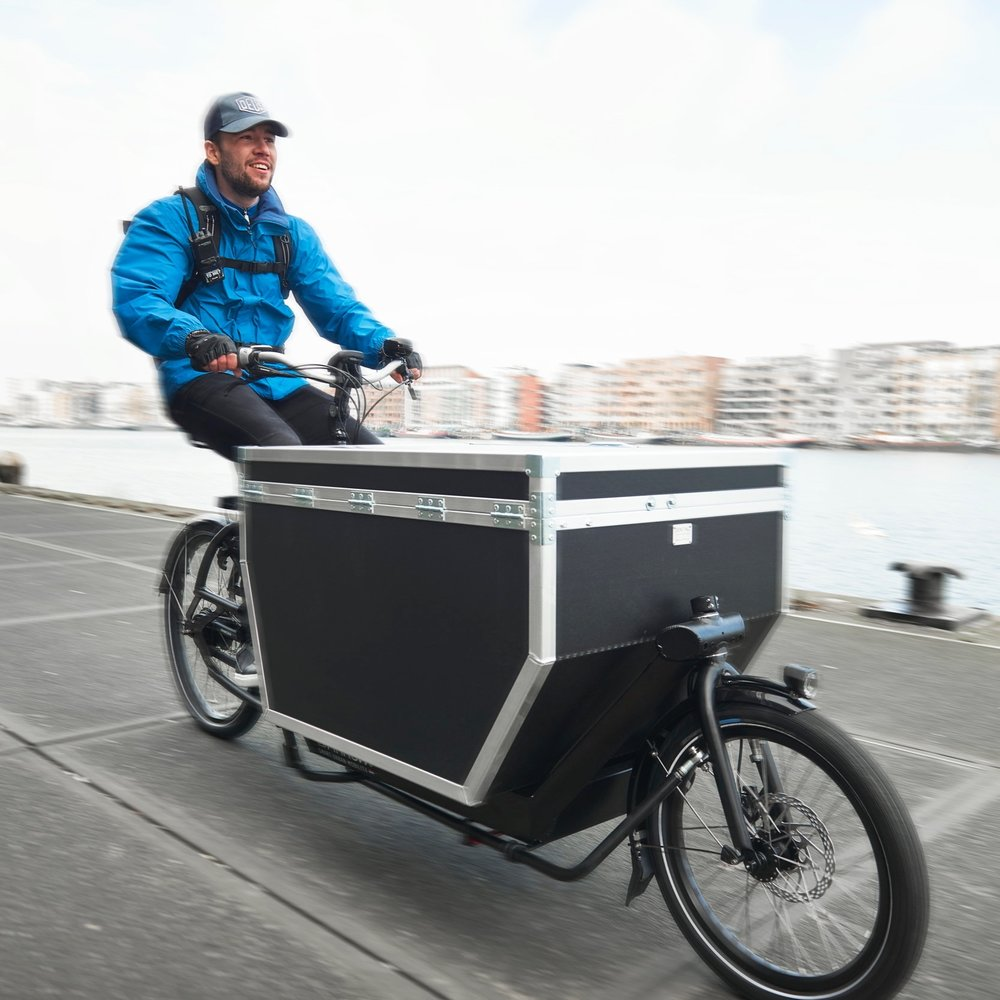 Bikes for Business - Bicycles and cargo bikes can offer a fast, clean alternative to motorised deliveries in London. Find out how we can help you identify services to meet your business needs.Find out more+