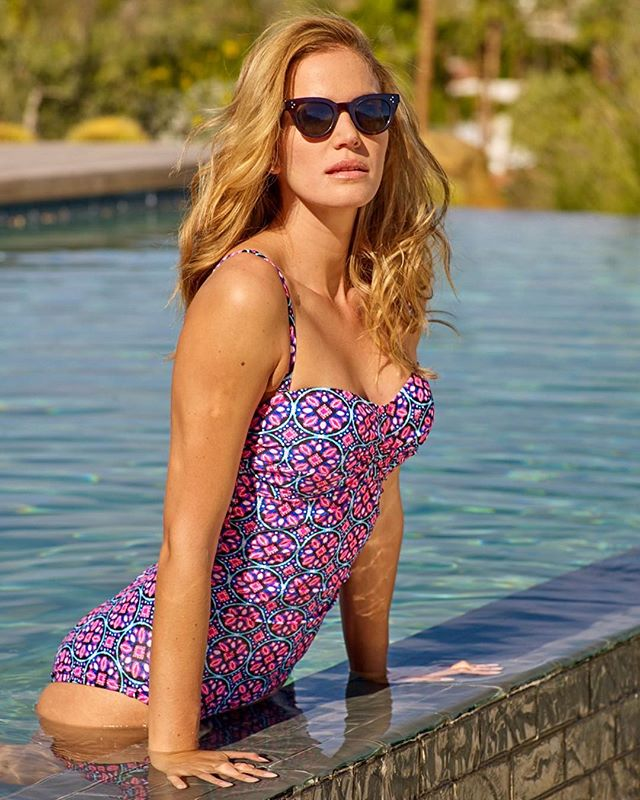 Planning some pool time this weekend? Thought so. Carla wears the Newbury Tile One Piece in Palm Springs.  #labordayweekend #catalinaswimwear #walmart
