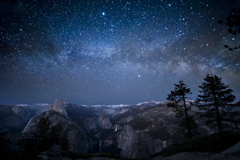 ywamPro Tips  - Visit glacier point at night to experience the most epic star gazing ever!