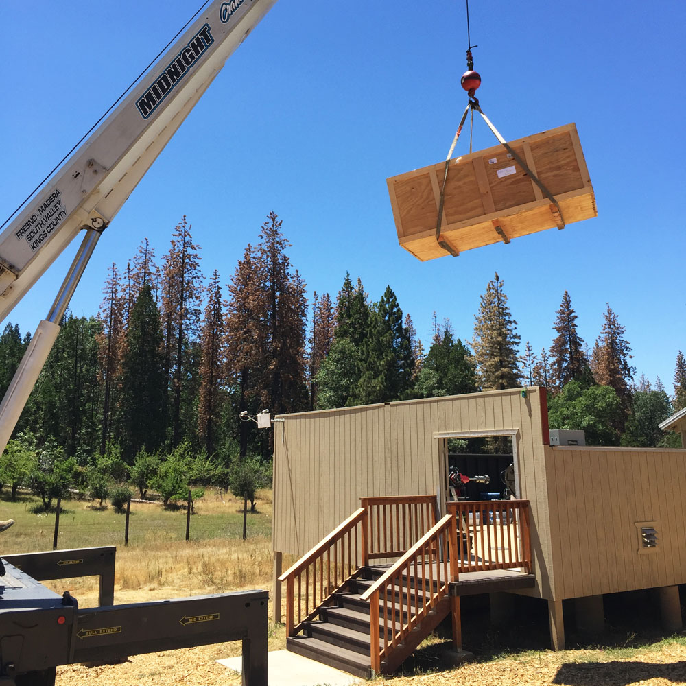 sierra-remote-crane.jpg