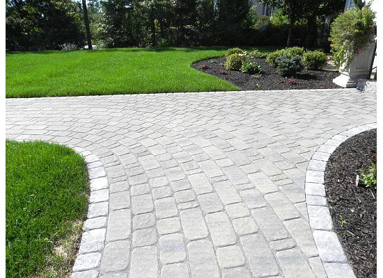 Professional landscape design mason inAmherst, NH