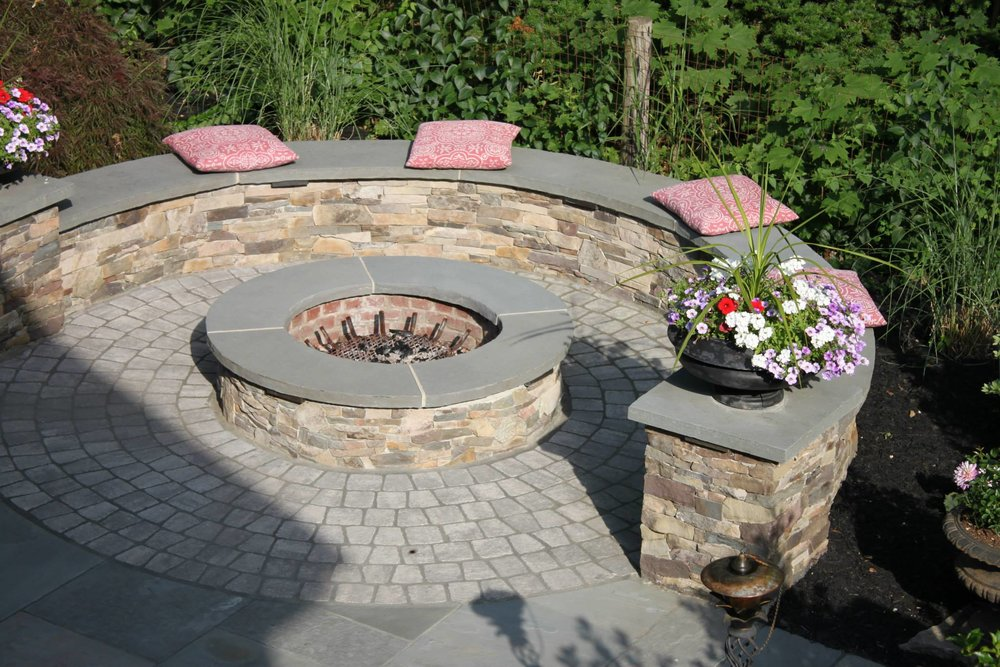 Using Accents and Bordering in your Laconia, NH Paver Patio