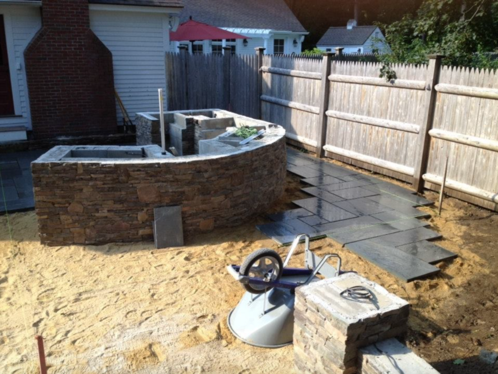 Landscaping services including stone veneer | Amherst, NH