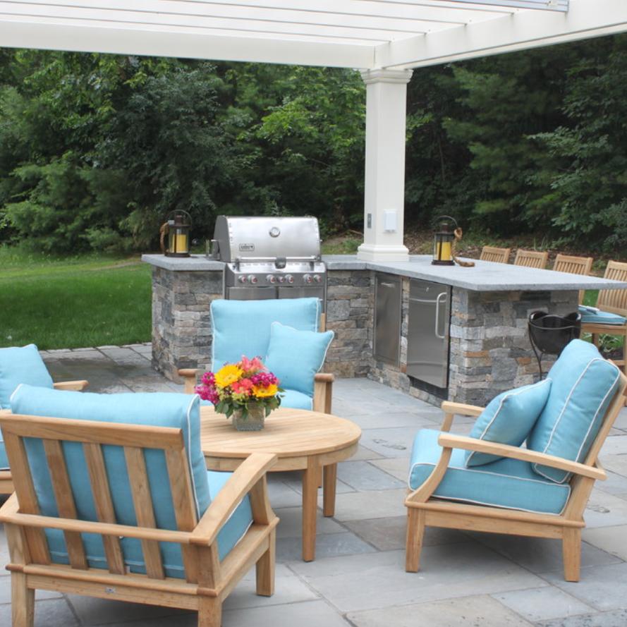 Elegant outdoors - Hollis, NH
