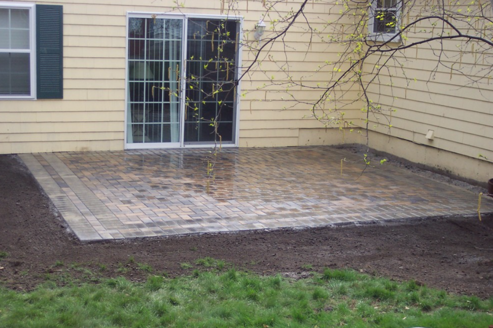 New paver patio by landscaper in Laconia, NH