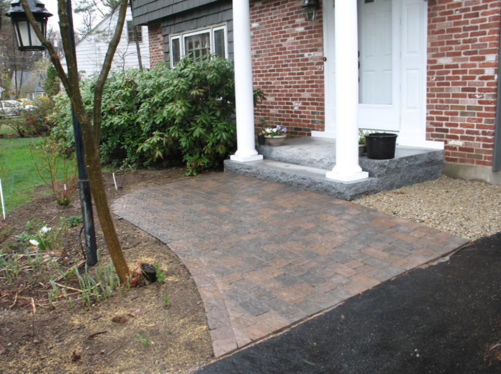 Paver walkways landscape design and installation in Milford, NH