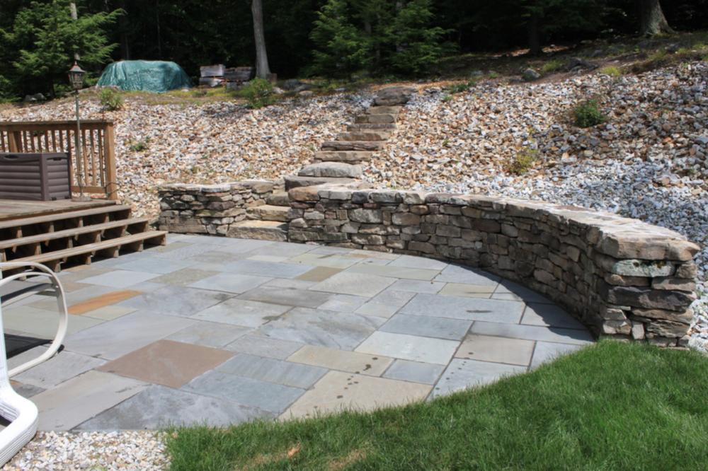 Newton, MA top masonry for retaining walls
