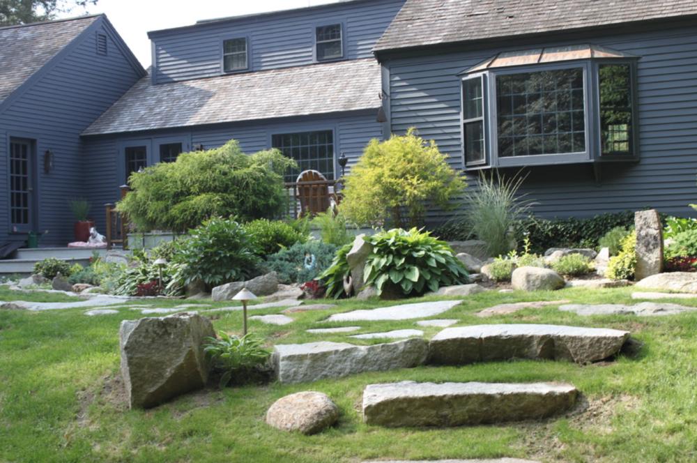 Laconia, NH top landscaper for landscape design