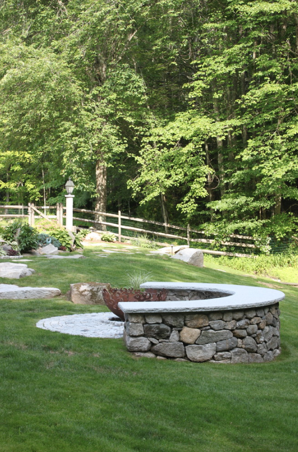 Top landscaper for outdoor fireplace in Westford, NH