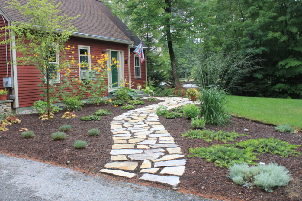 Concord, NH best landscaper for paver walkway