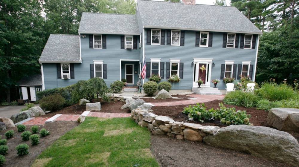 Milford, NH landscaping ideas by the best landscaper.
