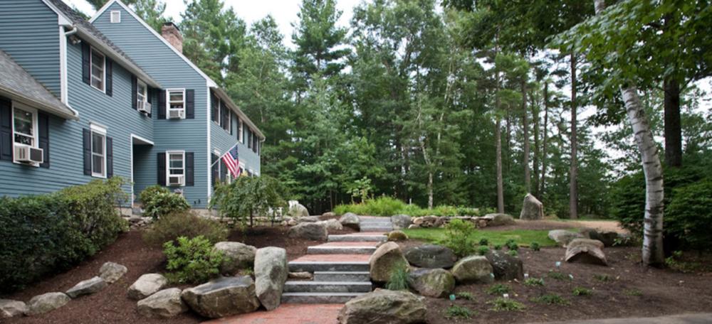 Milford, NH top landscaper for landscape design
