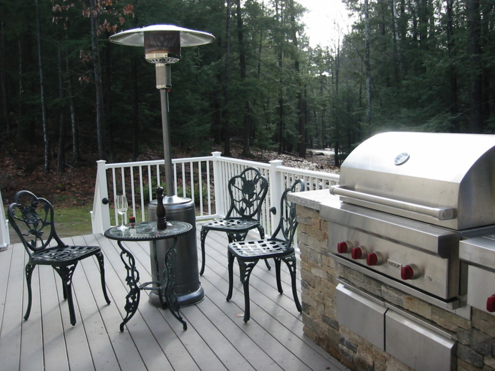Paver patio with outdoor kitchen in Milford, NH
