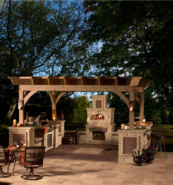 Getting the Right Lighting for your Outdoor Kitchen in Lexington, MA