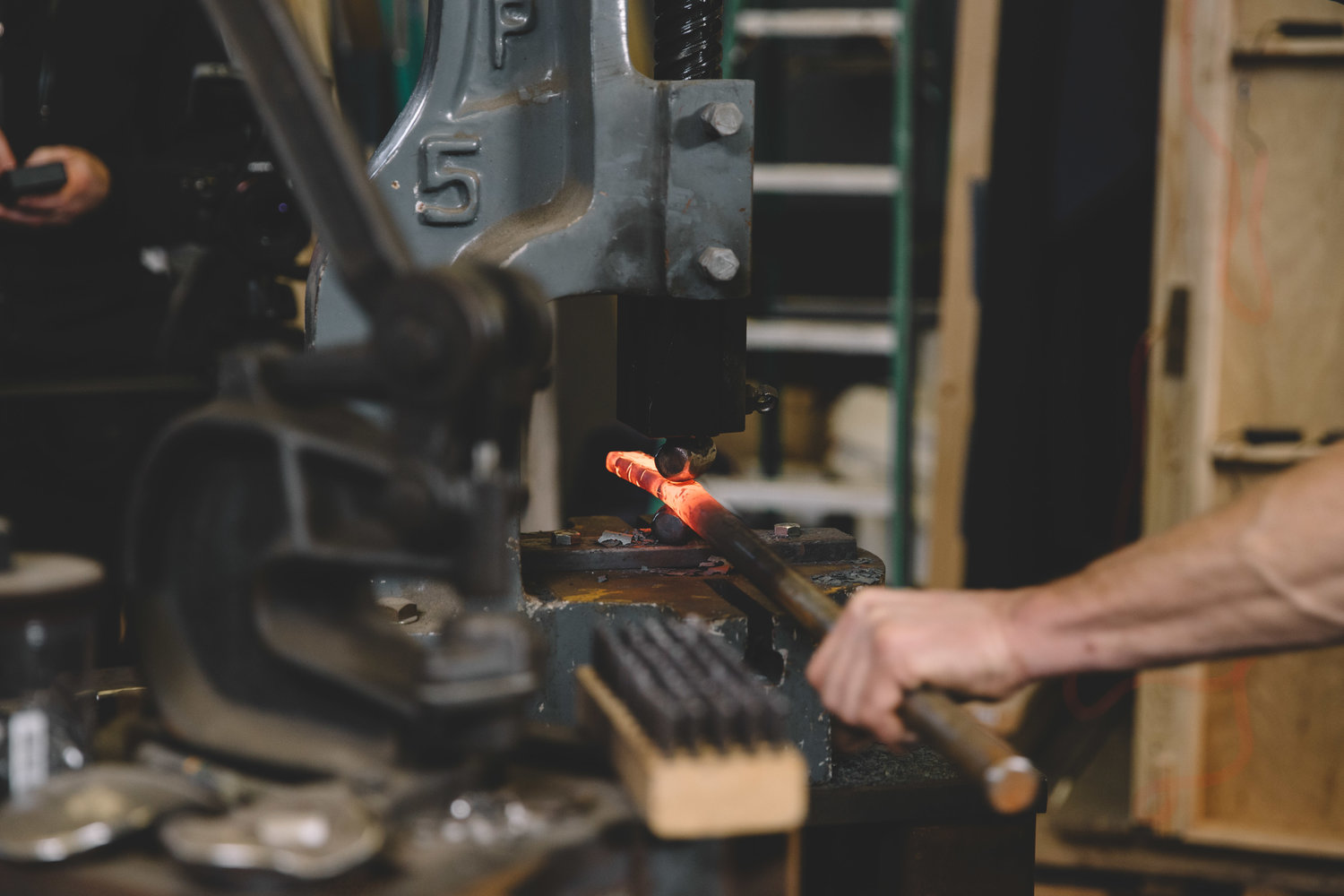classes — fire horse forge // seattle knife making classes