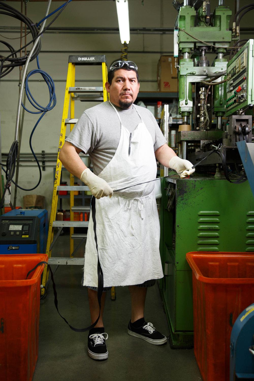 Rubén Morales | Zipper machine operator -
