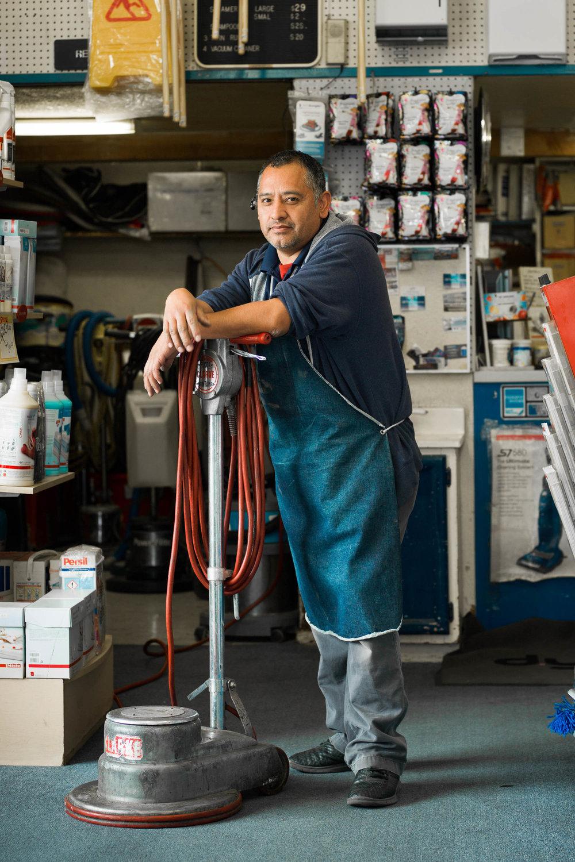 Erick Rabanales | Vacuum repairman -
