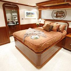 contentpic_boat.jpg