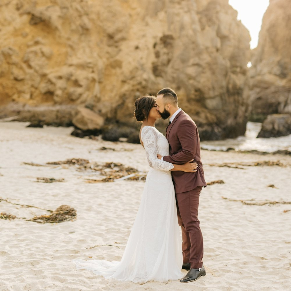 These Cuties Ditched Their Big Wedding Plans for a Secluded Big Sur Elopement  - junebug weddings