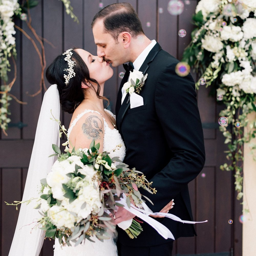 A Los Robles Greens Thousand Oaks Garden Wedding  - the overwhelmed bride